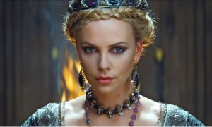 Charlize Theron as Queen Ravenna  Celebrity Make up
